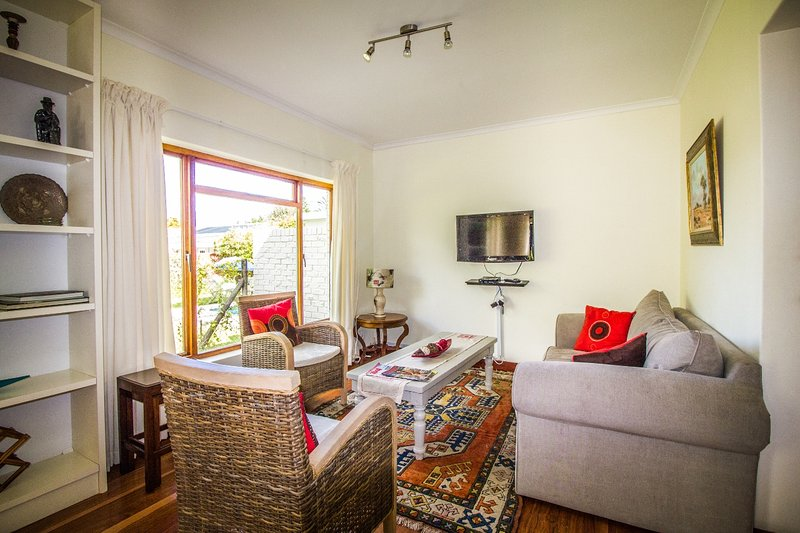 Cottage salon avec TV