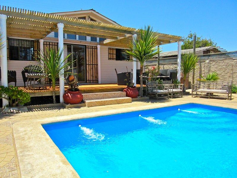 Casa de Descanso Aire Fresco Patio y Piscina Privado, holiday rental in Valparaiso