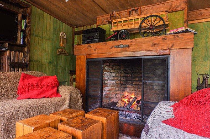 Canto de Lluvia Lodge, en el corzaon de la Patagonia, holiday rental in Coyhaique