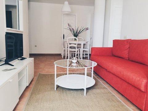 Apartamento de 2 dormitorios + 1 baño en Urb. Atlanterra Sol, holiday rental in Bolonia