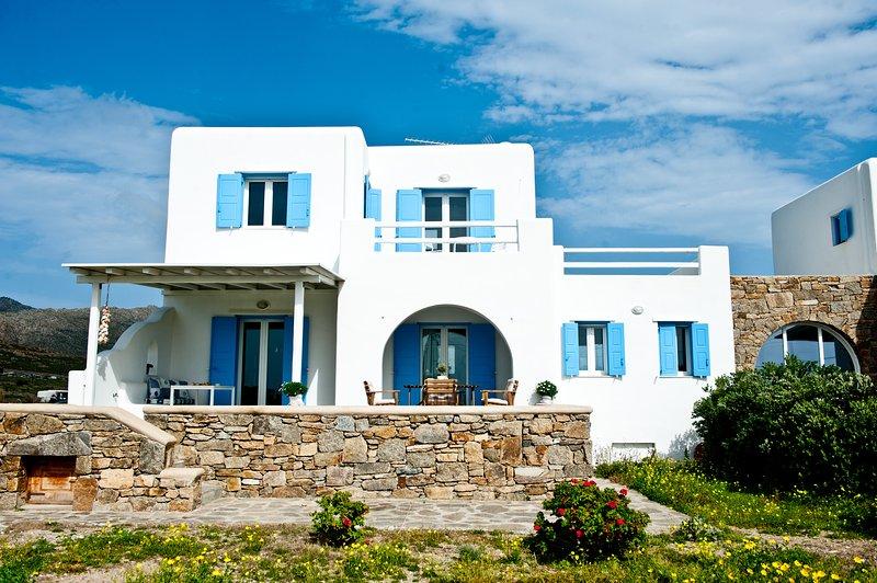 Sea Wind Garbis Villa, casa vacanza a Tourlos