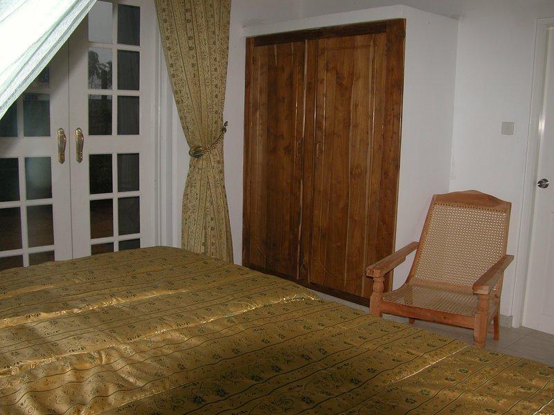 Green and gold room (samyama), vacation rental in Katunayaka