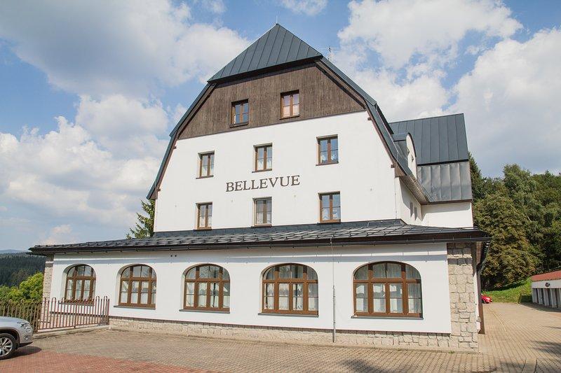 Exterier - Bellevue