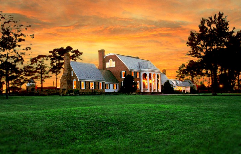 Kingsbay Mansion Executive Bed and Breakfast and Wedding Event Venue