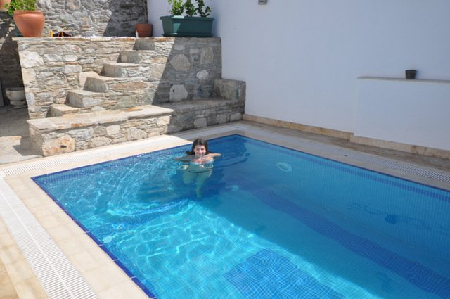 Ionia House private pool