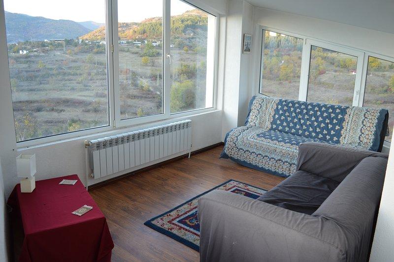 De bovenverdieping lounge