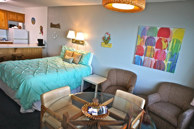The oceanside suite has a queen bed