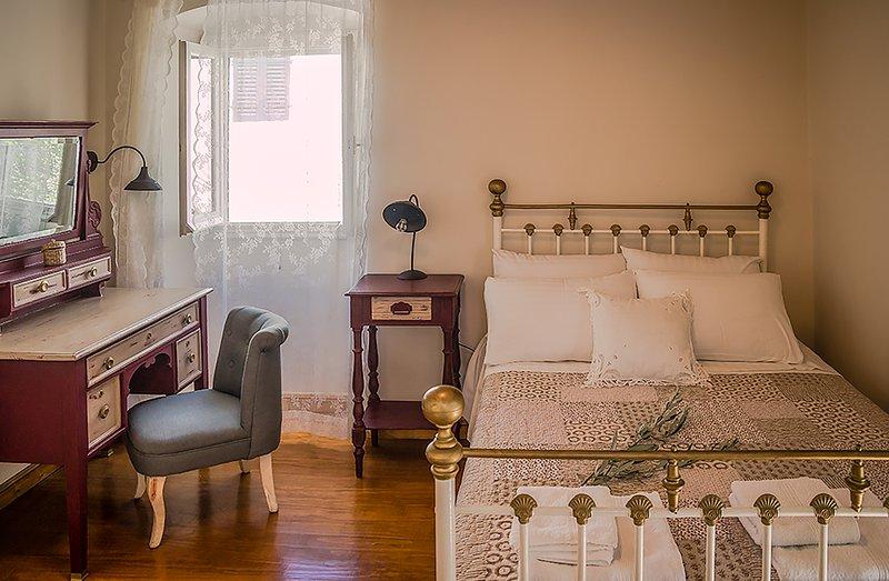 a regeneração de mobiliário antigo da minha avó