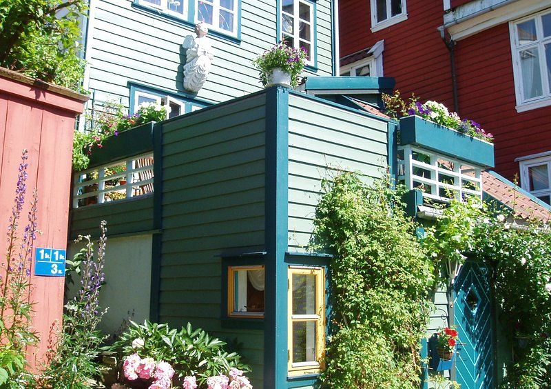 AnneHelene's B&B, holiday rental in Fotlandsvag