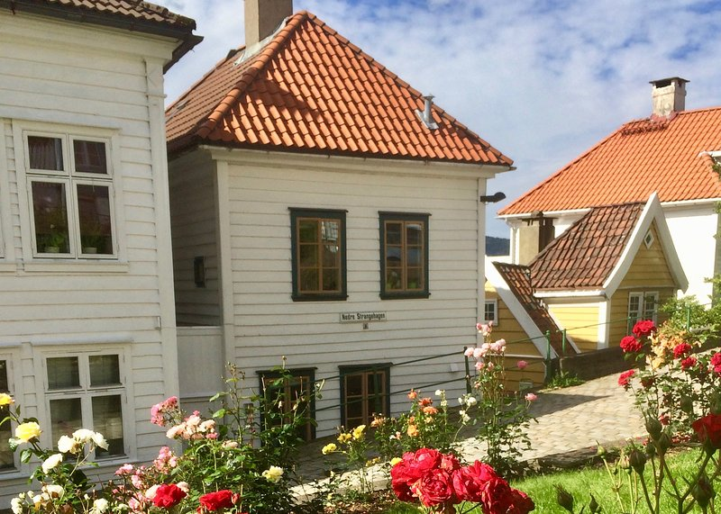 Annehelenes B&B, holiday rental in Fotlandsvag
