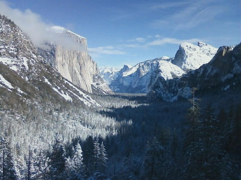 Tunnel View in Yosemite National Park in inverno