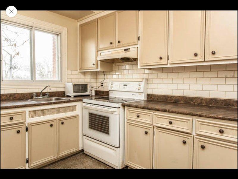 Very nice entire apartment 3 1/2 sleep 4 – semesterbostad i Laval