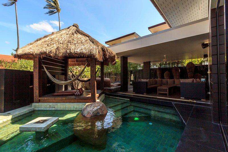 Modern Seaview Pool Villa, holiday rental in Ko Phi Phi Lee