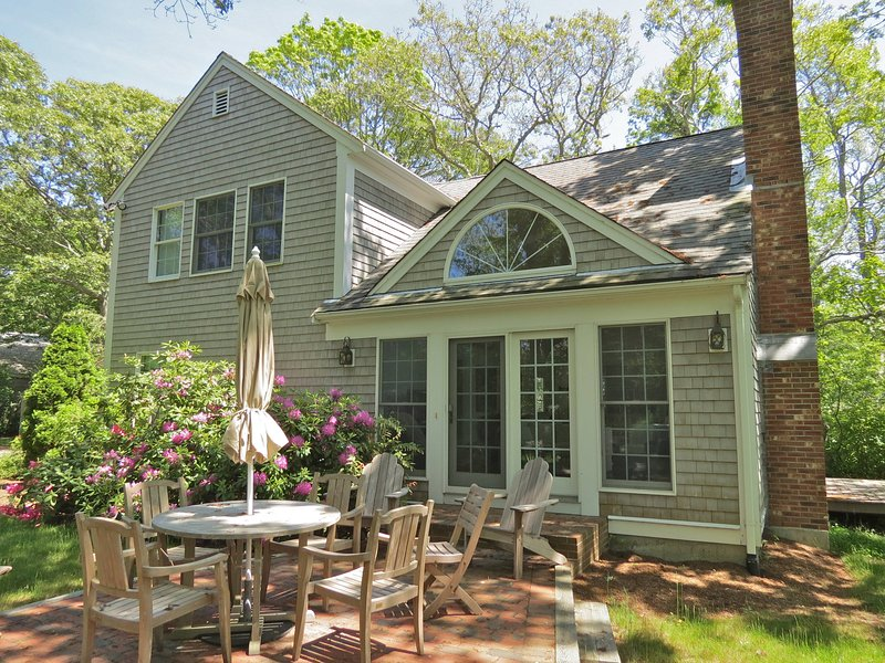 Beautifully appointed and equipped home sleeps 8-9 in two structures with 3 full baths. Very private lot abutting tidal marsh and distant views of Cape Cod Bay, under 0.5 miles to Skaket Beach