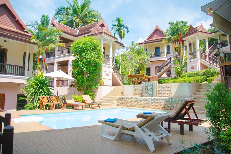 Cha Wan Villa Aonang 8 rooms, alquiler de vacaciones en Krabi ciudad