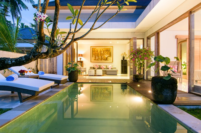 Taman Sari Villa with Private Pool, holiday rental in Pekutatan