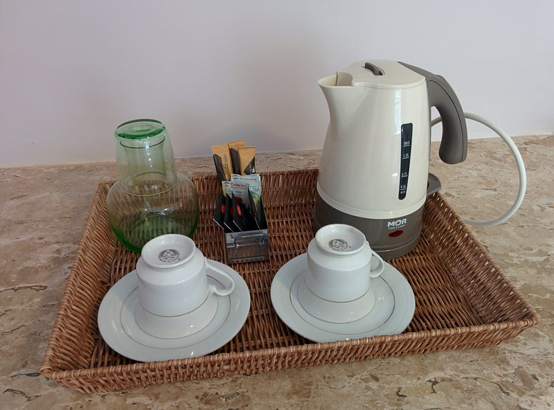 suite - tea and coffee facilities