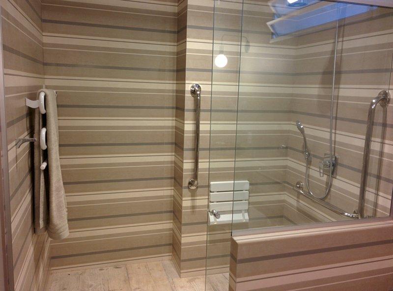 suite - private bathroom
