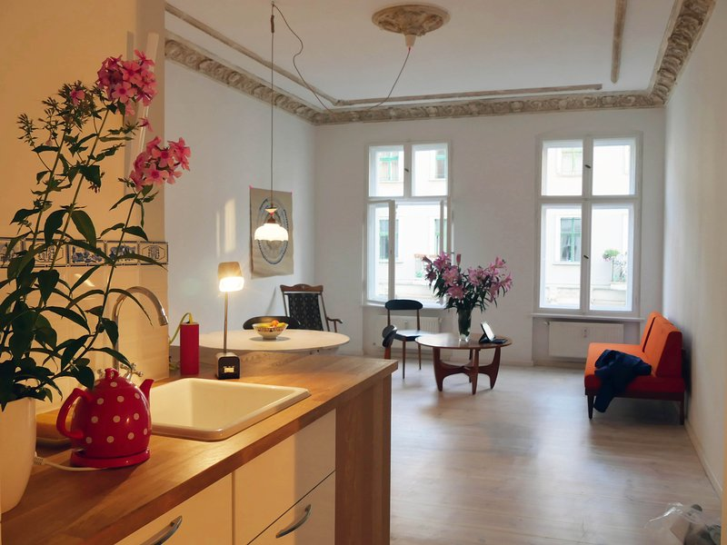 My beloved apartment in Prenzlauerberg, holiday rental in Schwanebeck