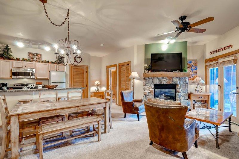 Speisetisch, Möbel, Tisch, Stuhl, Esszimmer