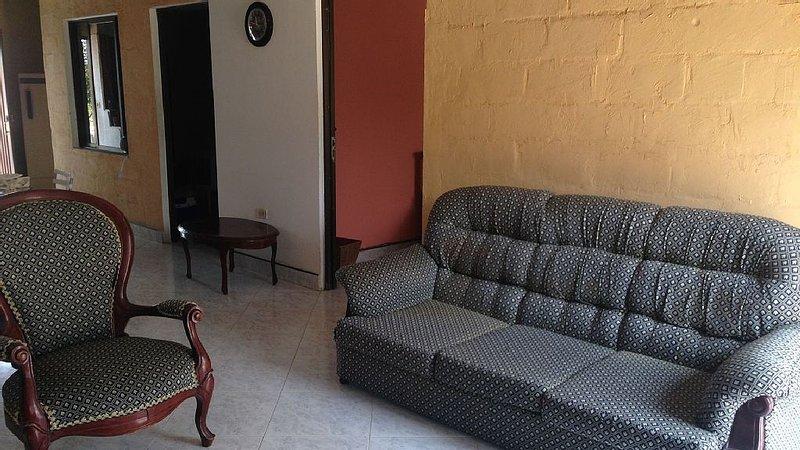 Linda casa vacaional en santa marta/ magdalena/colombia, holiday rental in Cienaga