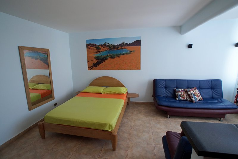 COZY STUDIO WITH A WONDERFUL VIEW TO THE ISLAND OF, holiday rental in Bolivar Department