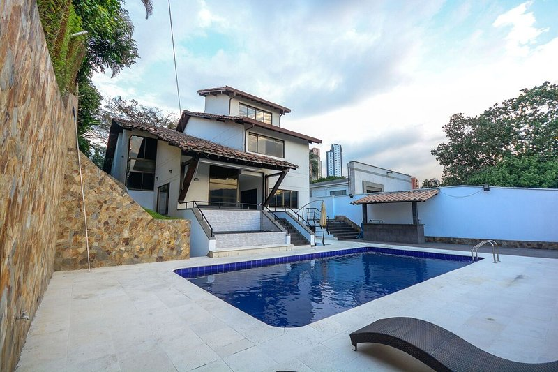CASA LAS VEGAS,5BR/5.5BA -SLEEPS 14, vacation rental in Envigado