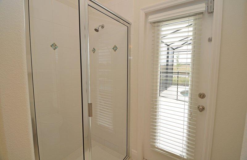 Dormitorio principal 1 ducha y puerta al grupo
