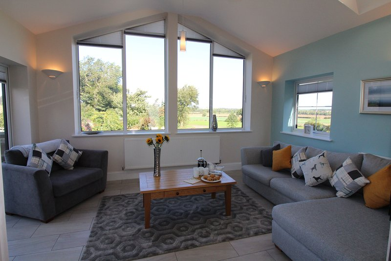Wheatlands Cottage Sun Lounge