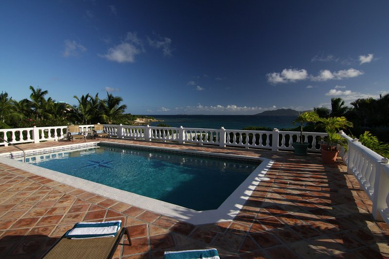 Mainstay Villa at Elsie Bay, casa vacanza a East End Village