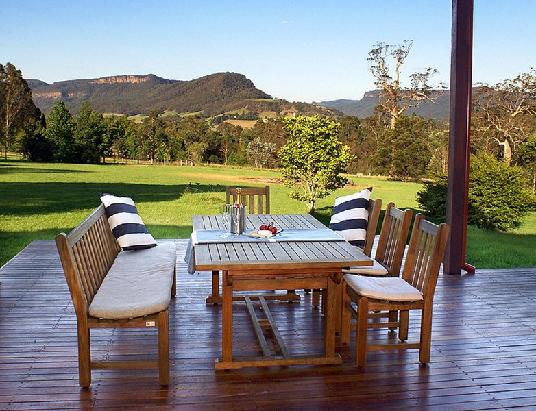 Kangaroo Valley House - Contemporary luxury!, holiday rental in Budgong