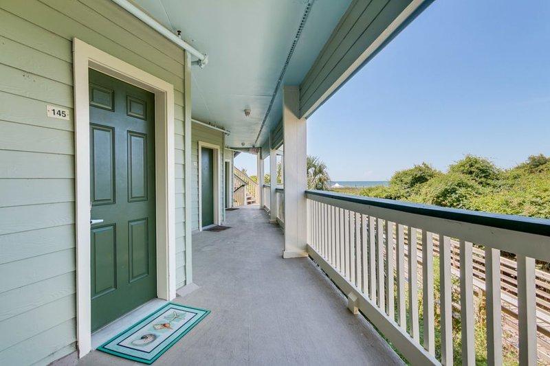 Entry Door, 145 Sea Cabins