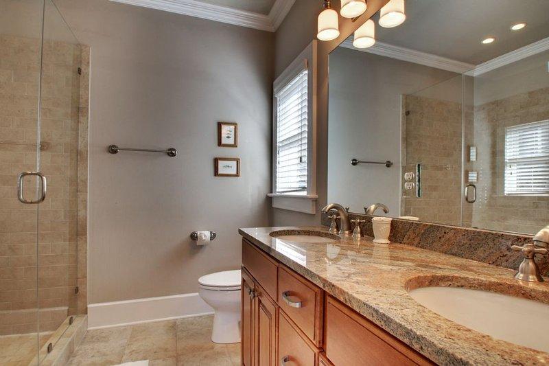 Private Bathroom, Walk-In Shower!