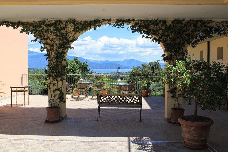 Appartamento Ulivo - Garda Valtenesi, location de vacances à Prevalle