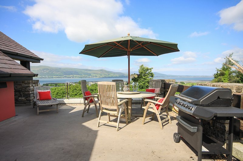 Carlingford Heights Sleeps up to 20, location de vacances à Carlingford