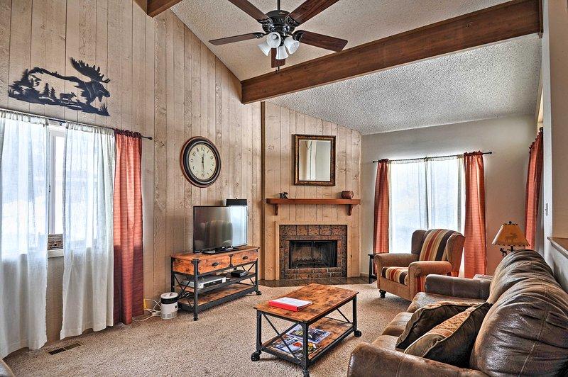 Évadez-vous cet hôtel confortable 2BR Pagosa Springs condo de location de vacances.