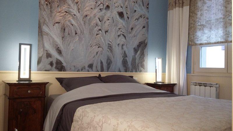 Parents Room - Queen Size Bed 160 x 200