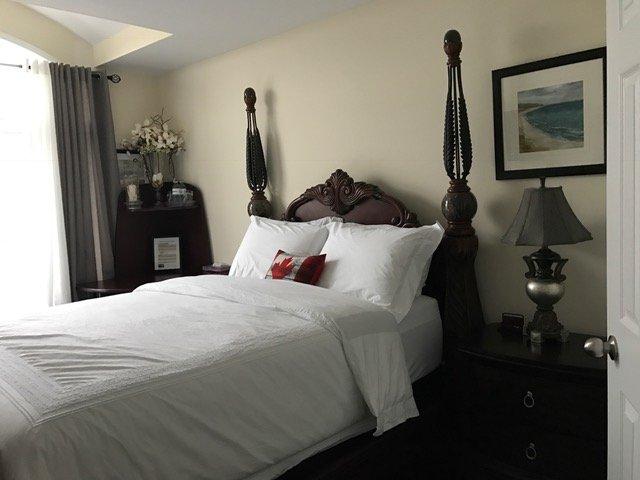 Comfortable Roal Victorian Room