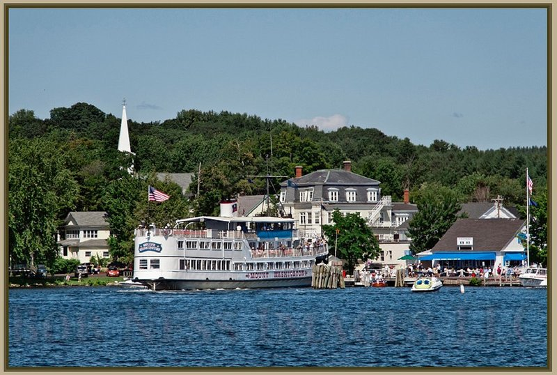 Cruise to 5 ports on the lake, just 5 minute walk away.