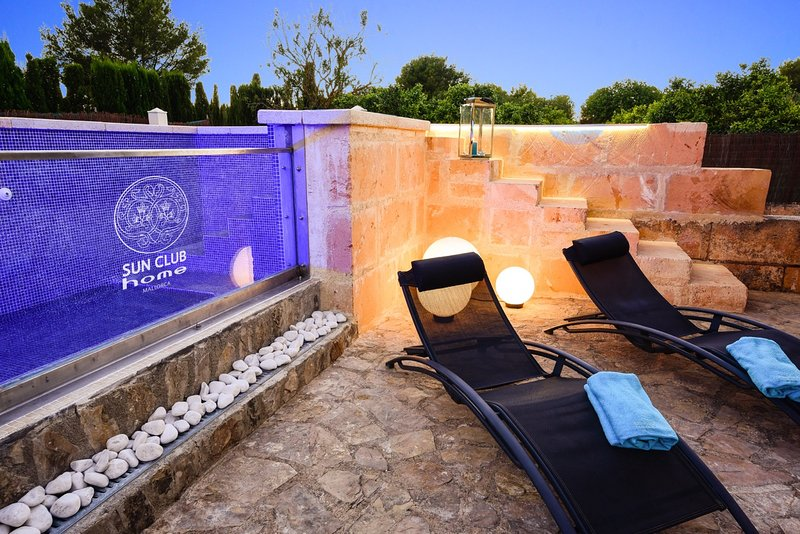 Luxusfinca SUN CLUB home - Mallorca, Glas-Pool, BBQ, Ruheoase, free WIFI, alquiler de vacaciones en Randa