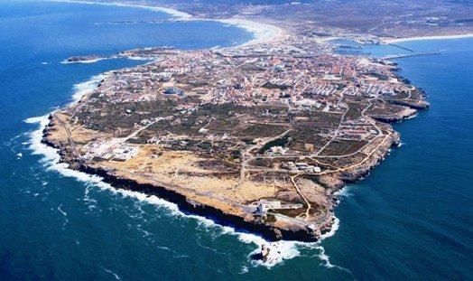 Peniche Up to 6  people. On foot to Gamboa Beach, aluguéis de temporada em São Pedro