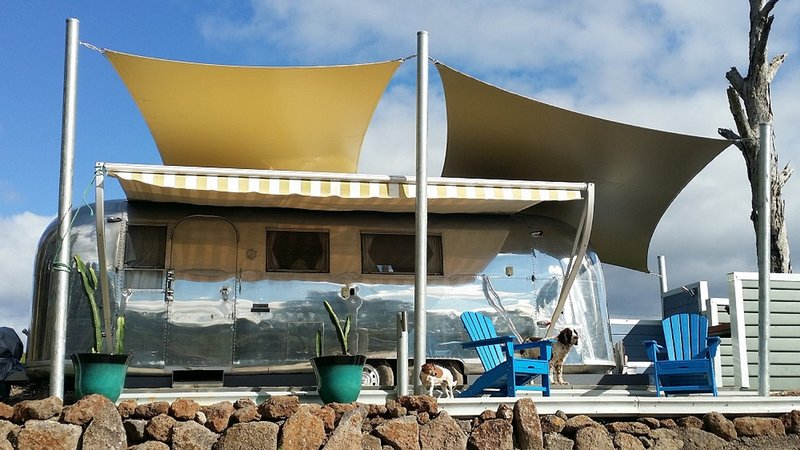 1966 Airsteam Land Yacht retro refurbished to the highest standard