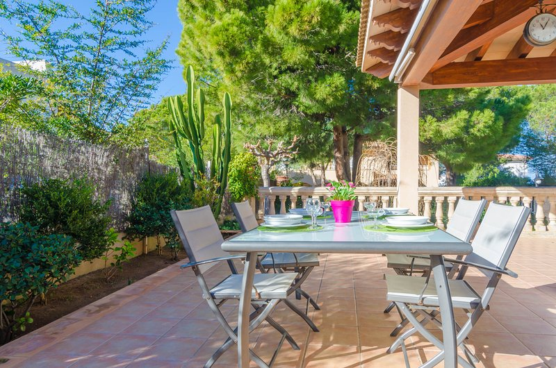 TAMARELL - Chalet for 8 people in Montferrutx (Colonia de Sant Pere), holiday rental in Colonia de Sant Pere