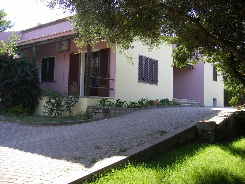 luminosa taverna, holiday rental in Nulvi