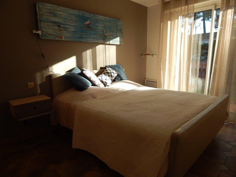 Grande maison familiale 150m de la plage : La règle de trois, holiday rental in La Tranche sur Mer