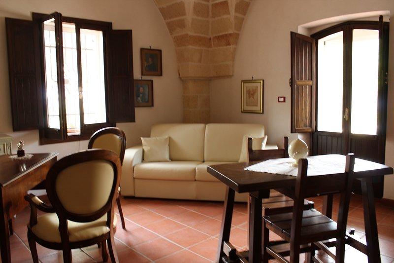 Appartamento Mirto Selvatico, vacation rental in Lizzano