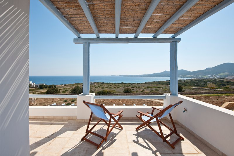Villa Althea 200 meters from beach, location de vacances à Antiparos Town