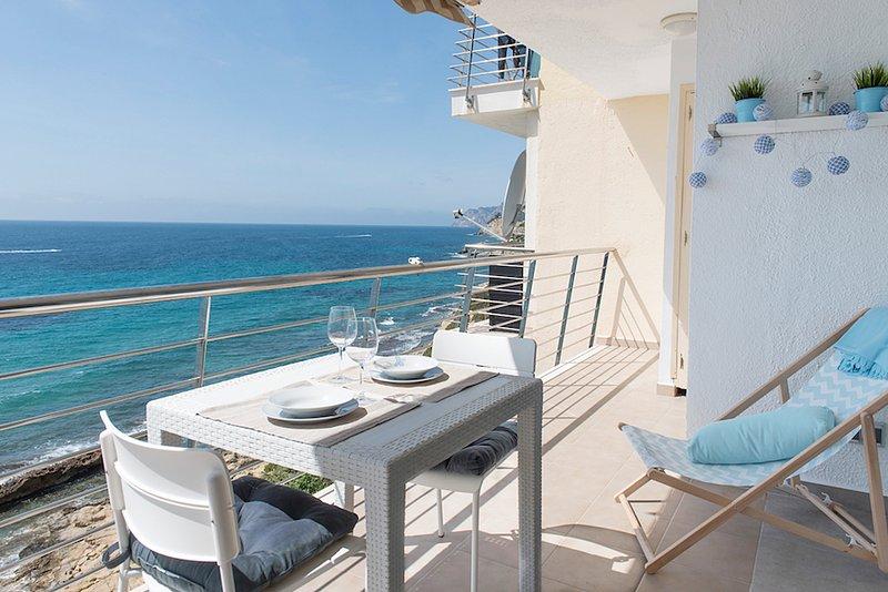 Cosy apartment beach-front, aluguéis de temporada em Moraira