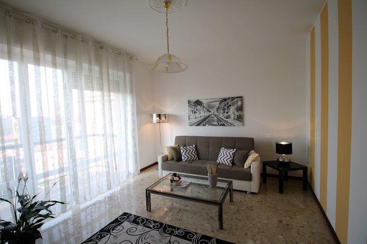 ILO1268 House Navigli - Milano - Lombardia, holiday rental in Locate di Triulzi