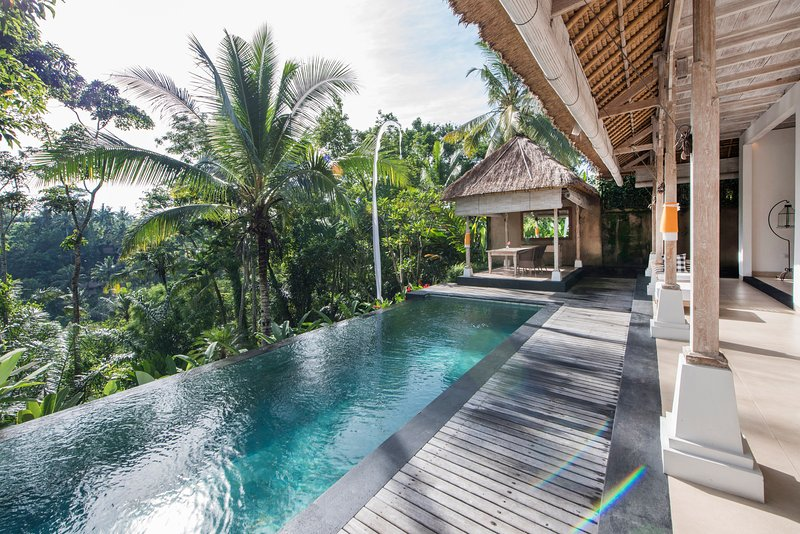 Secluded Escape for a Couple with Spectacular Panoramic Views, vakantiewoning in Ubud